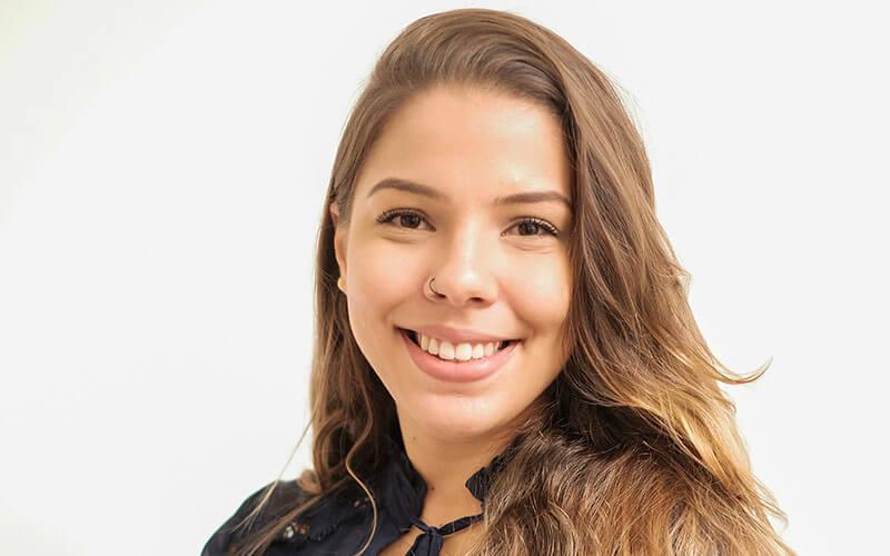 ana_carolina_santiago_escobar_advogados