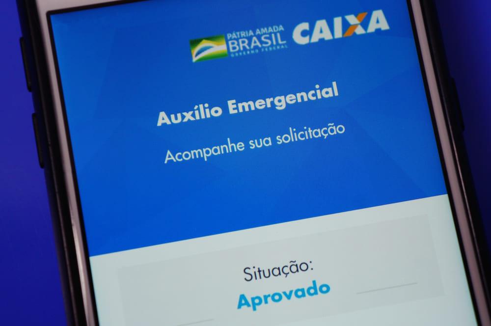 Auxílio emergencial é prorrogado por mais dois meses: entenda o que muda