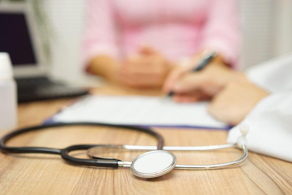 Devo pagar o INSS durante o auxílio-doença?